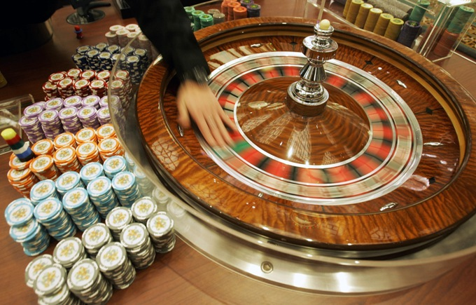 Win at roulette strategy